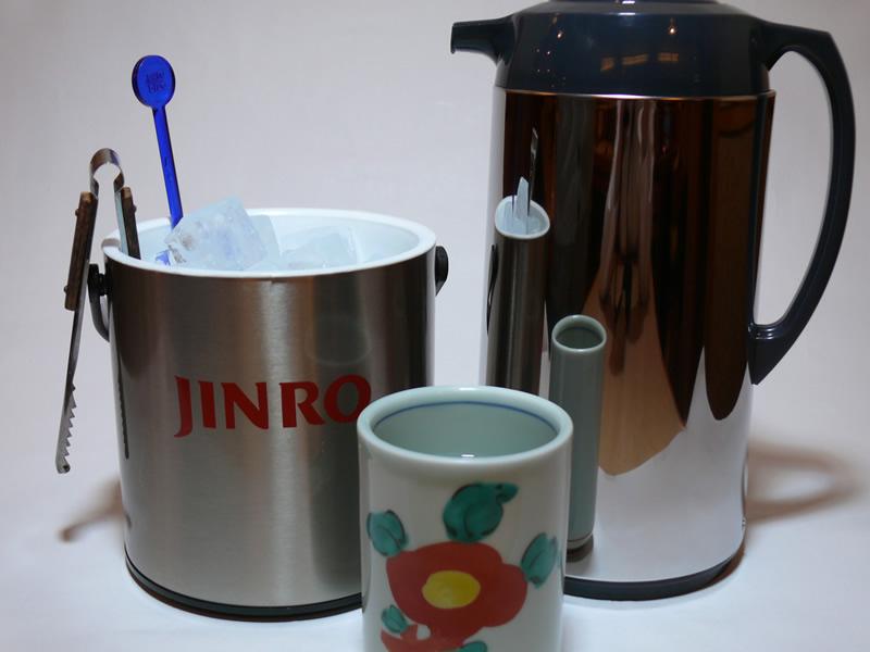 焼酎ボトルセット(氷 ・炭酸水・お湯)の写真