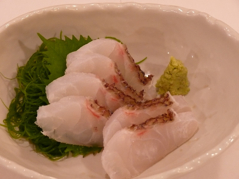 真鯛の刺身の写真
